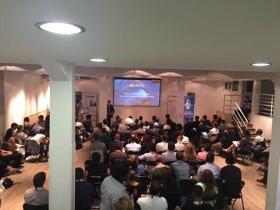 Dixon presenting at WeLoveSEO